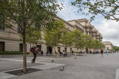 8. Met Museum Plaza_General View_Day